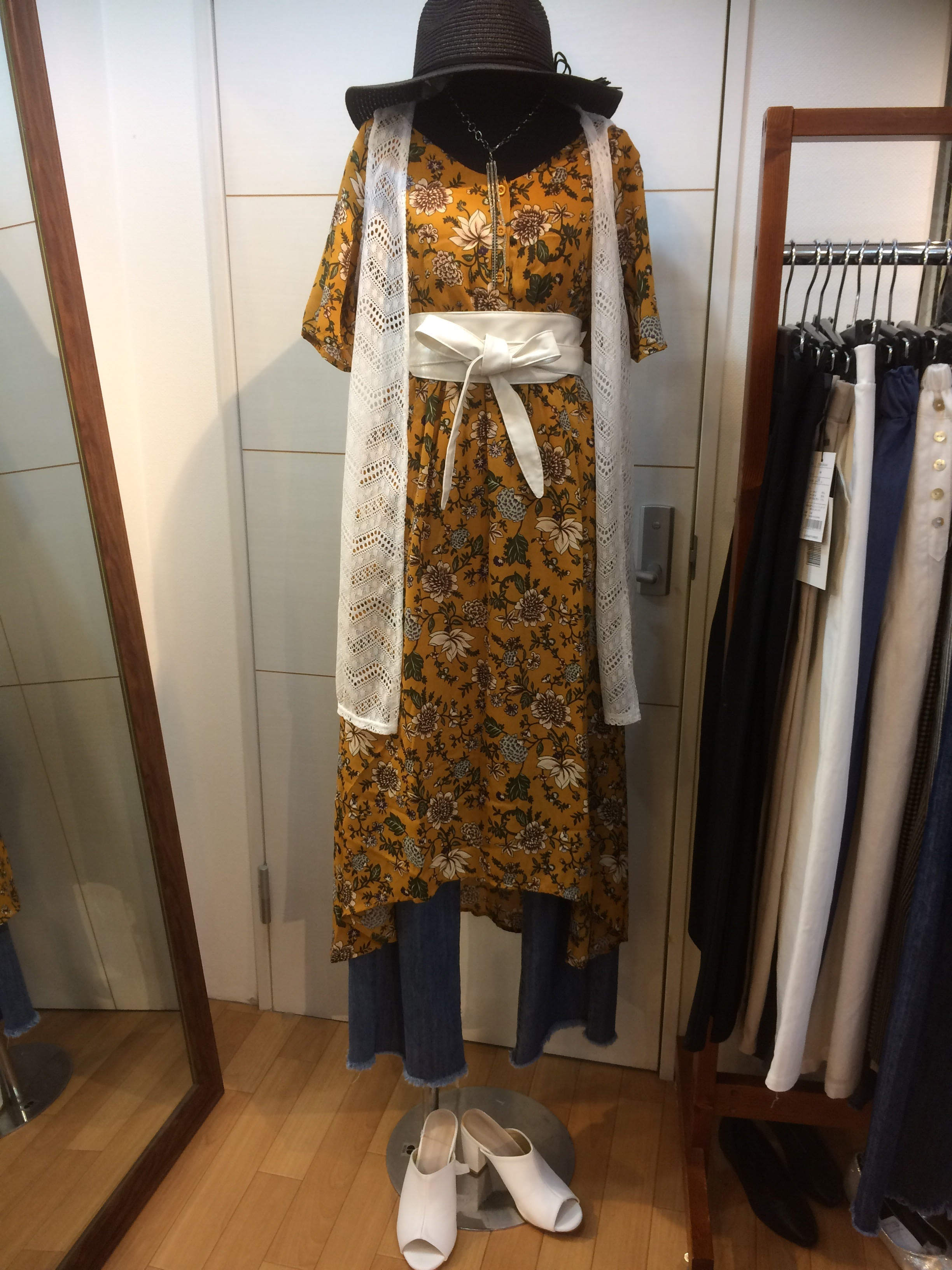 NMCの人気ファッションアイテム 花柄プリントワンピース